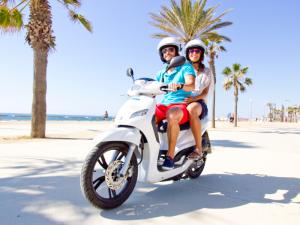 scooter huren - goedkoop naar ibiza